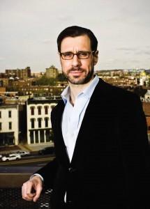 Журналист Грегори Файфер